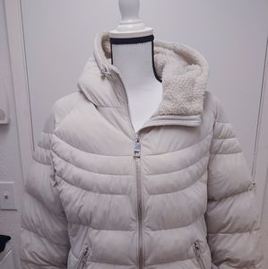Guess Oversized Hooded Puffer Jacket